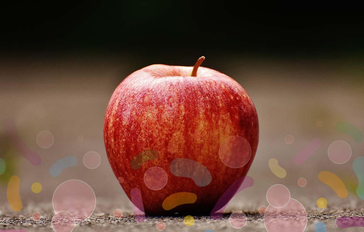 毎日1個のりんごを食べれば、たくさんの細菌を体内に取り込むことができます。